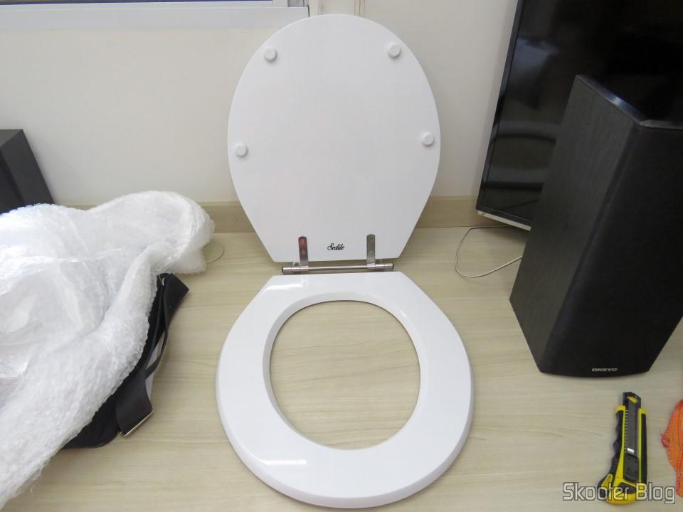 Polyester Toilet Seat For Dinnerware Celite Azalea Sedile