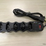 Power strip with Lighting Noise suppressor with 5 taken