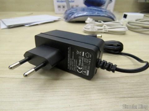 Fonte de alimentação do TP-Link TD-W8960N - Modem Roteador Wireless N ADSL2+ de 300Mbps