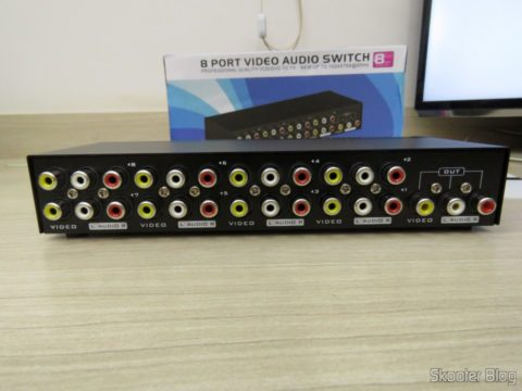 Composite video switch + Stereo Audio (3 RCA) with 8 inputs and 1 output
