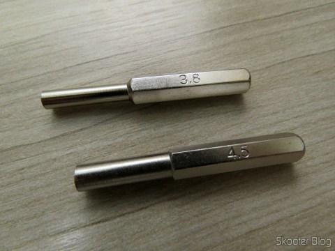 Chaves de 3,8mm e 4,5mm para Consoles e Cartuchos da Nintendo (Gamebit), em sua embalagem