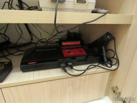 O Master System II, com a Pistola Light Phaser