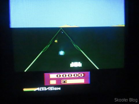"""Enduro no """"novo"""" Atari 2600"""