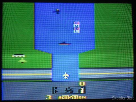 River Raid no Atari 2600 no processo de de-transcodificação