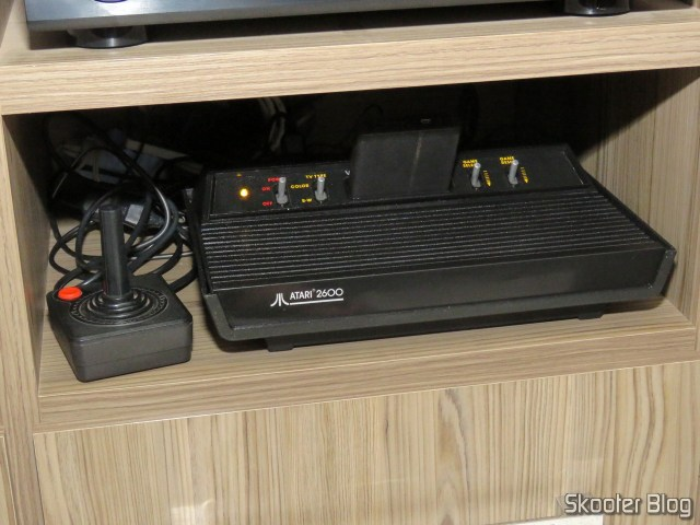 Atari 2600 with the mod 2600RGB, installed permanently in my rack, operation.