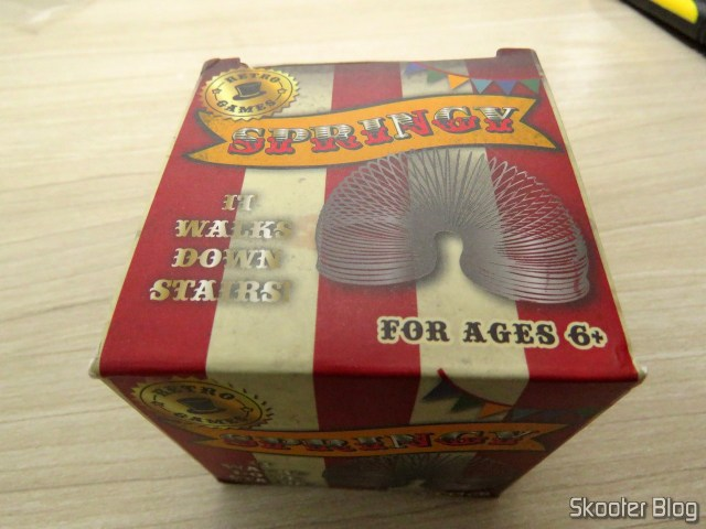 3ND Metal Slinky for stress relief, on its packaging.