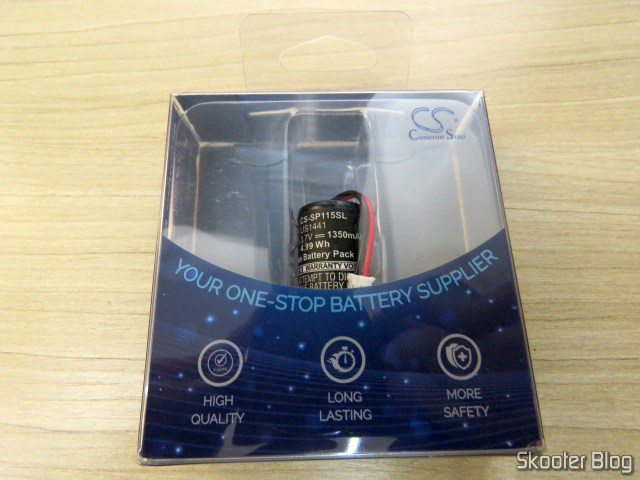 Cameron Bell battery CS-SP115SL for Playstation Move Motion Controller (SONY CECH-ZCM1E - LIS1441), on its packaging.