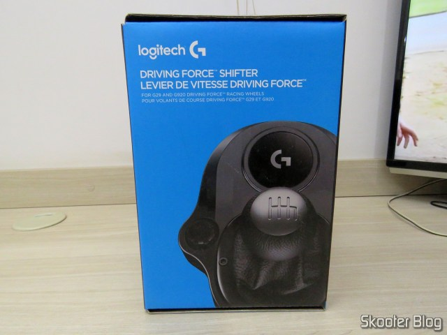 Logitech Driving Force Exchange Shifter to G29/G920 Black, on its packaging.
