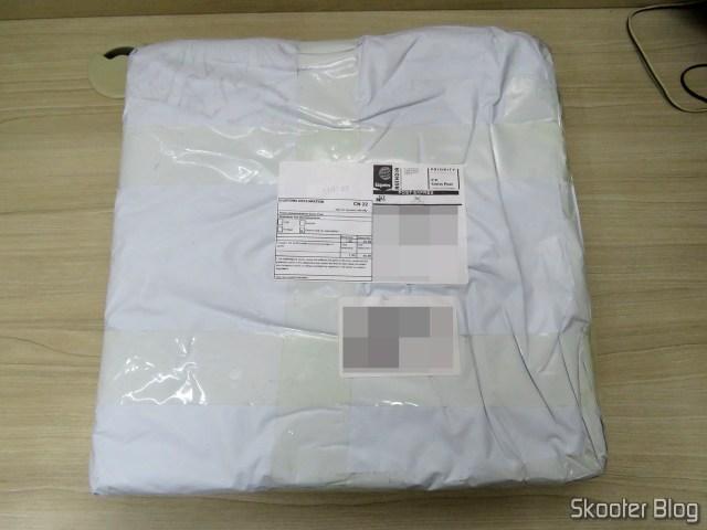Pacote da GearBest com a Xiaomi Mi Smart Scale 2.