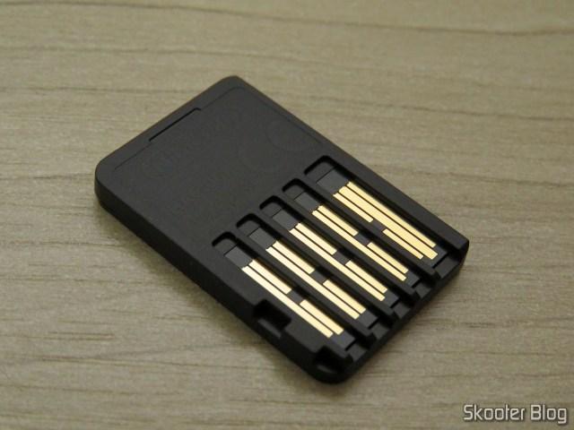 The cartridge of Super Mario Odyssey - Nintendo Switch.