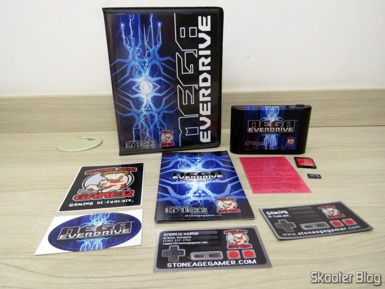 Mega EverDrive X7 - Deluxe Edition e todos os acessórios.