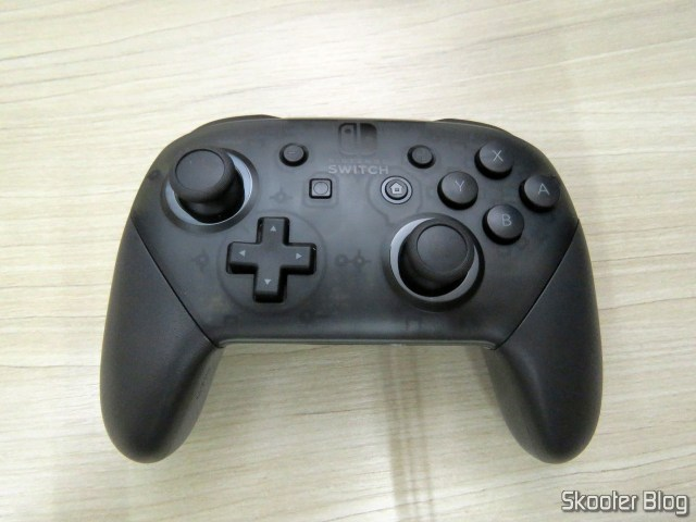 Nintendo Pro Controller Switch.
