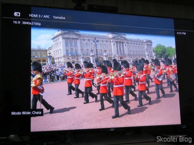 Foto exibida na Sony XBR-55X905E pelo Minix Neo U1.
