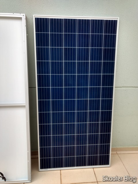 Painel fotovoltaico, visto por cima.