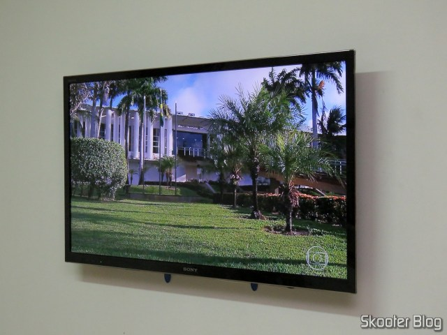 "TV Sony KDL-46HX755, in the Fixed Support p/LCD TV, Led or Plasma of 32"" the 75"" ELG NEW E600, Wall mounted."