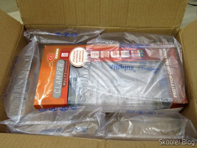 Package with the Clamper Multi protection with surge Counter, on its packaging.