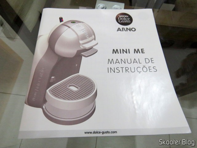 Instructions for the Coffee Nescafé Dolce Gusto Black Mini Me, in your package. The Coffee Nescafé Dolce Gusto Black Mini Me.