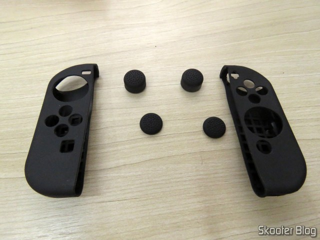 Silicone covers for Joy-Con KJH, and thumb grips.