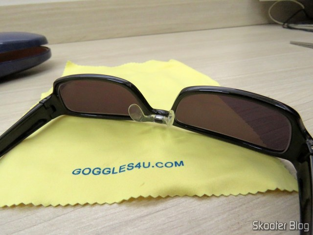 Sunglasses with Degree, Black Dark Lens (G4u T3022 Rectangle Eyeglasses 124765-c).
