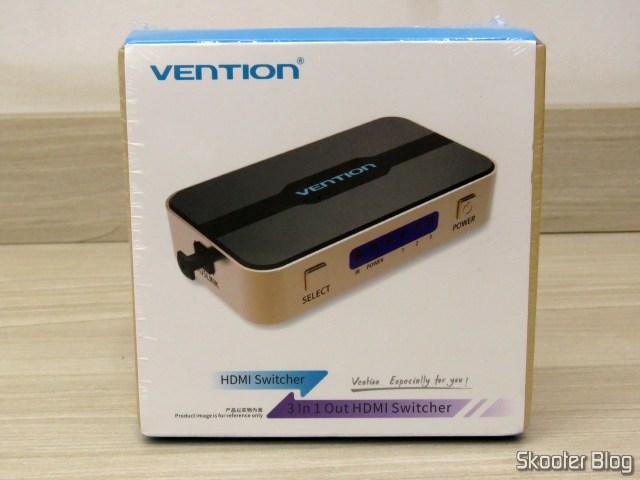 Switch HDMI Vention VAA-S20, em sua embalagem.