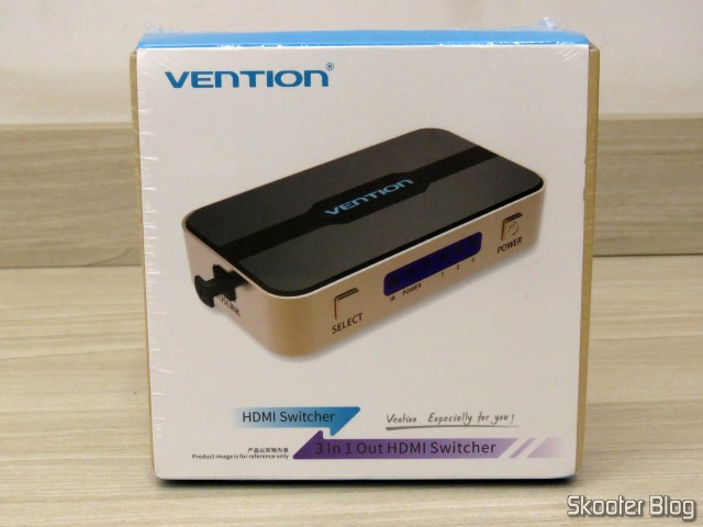 HDMI Switch Vention VAA-S20, on its packaging.