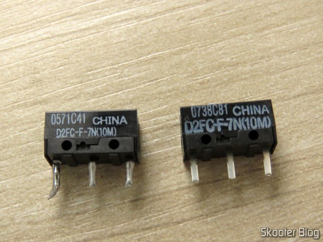 The switch for the Logitech G9x removed defective and one of the new switches.