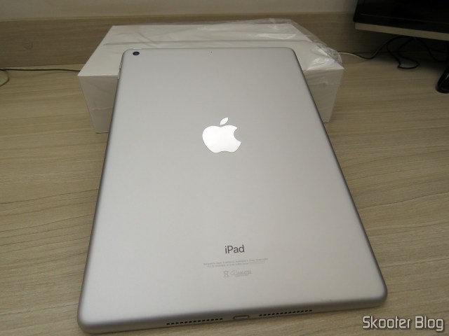 Apple iPad 2018 6th generation 128 GB Silver MR7K2BZ/WiFi.