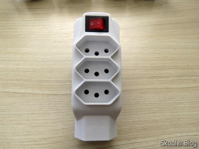 Socket adapter w/Switch / 4 Taken 2 p + T.