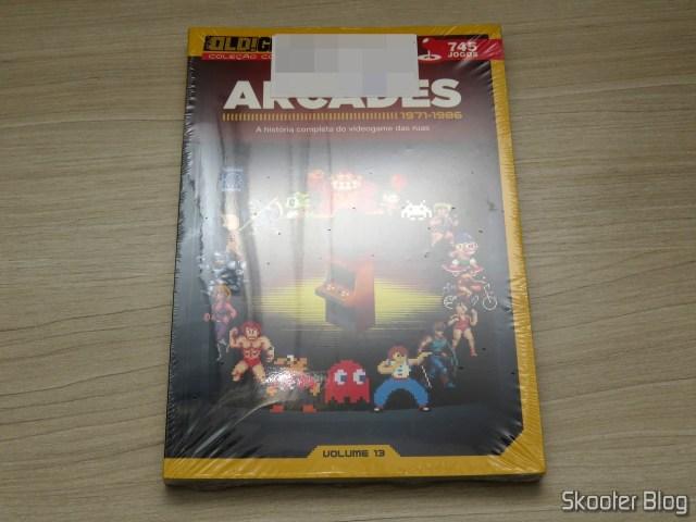 Dossiê Old! Gamer: Arcades - Volume 13, em sua embalagem.