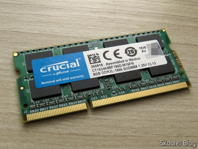 Módulo de Memória Crucial 8GB Single DDR3/DDR3L 1866 MT/s (PC3-14900) Unbuffered SODIMM 204-Pin Memory - CT102464BF186D.