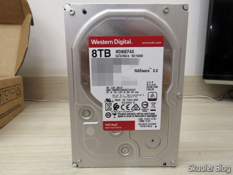 """Western Digital 8 TB WD Drives Red Bare in the Hard Disk Drive - 5400 RPM Class SATA 6 GB/S 256 MB Cache 3.5"""" (WD80EFAX)."""