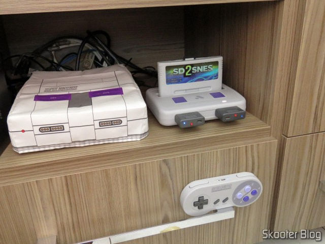 3º Retro Receiver SNES da 8bitdo, em funcionamento no Analogue Super Nt.