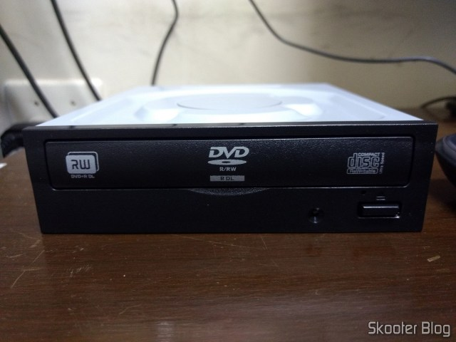 Gravador de DVD Interno Lite On iHAS122-14 FU.