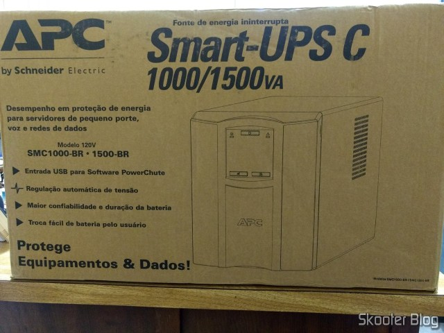 UPS Smart UPS APC Smart-C, from 1500 VA and 120 In, Brazil - SMC1500-BR, on its packaging.