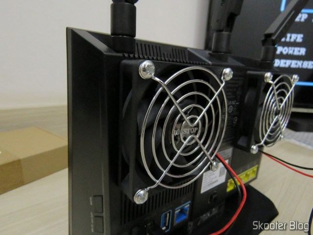 ASUS RT-installed with the fan AC86U.