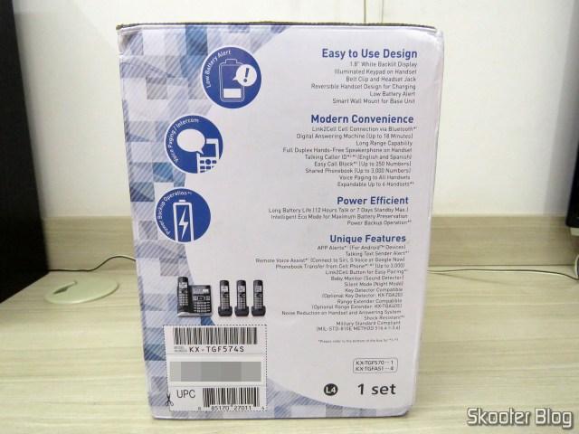 Sistema de Telefones Sem Fio Panasonic KX-TGF574S, em sua embalagem.