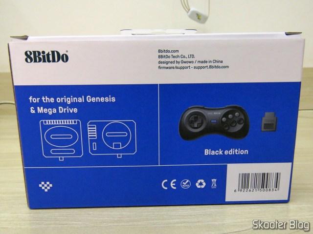 Caixa de prateleira do 8BitDo M30.