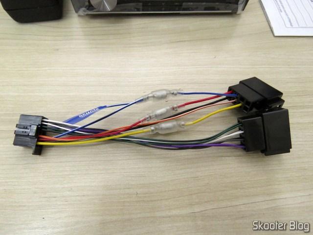 Harness Car Audio Pioneer CD MP3 Player AM / FM - Bluetooth USB Auxiliar DEH-X500BR.