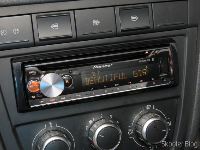 Car Audio Pioneer CD MP3 Player AM / FM - Bluetooth USB Auxiliar DEH-X500BR, operation.