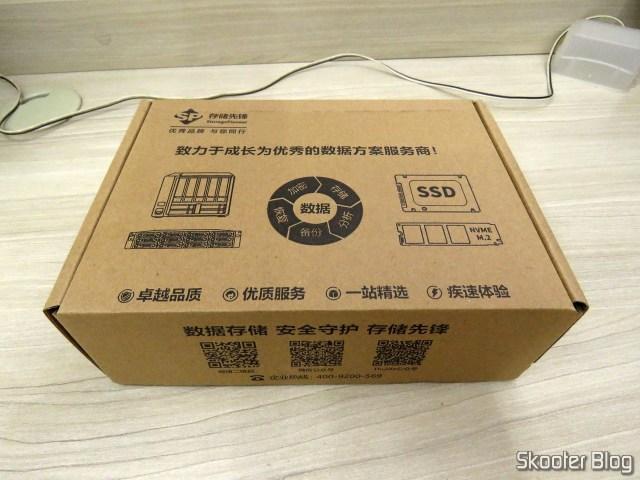 HDD Western Digital Blue 4TB WD40EZRZ, on its packaging.