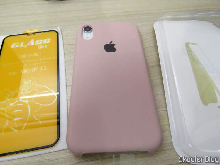 Pink Sand Case and 5D Film for iPhone XR.