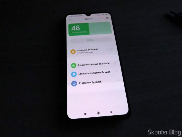 Xiaomi Mi 9 powered on with new battery for the first time.