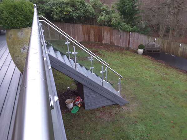Balustrade With Stainless Steel Handrail