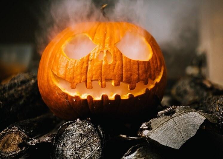 Prepárate con más de 20 decoraciones de Halloween para interiores 7