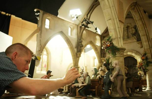 Merlin Crossingham animating Wallace and Gromit: The Curse of the Were-Rabbit(2005)