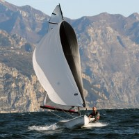RS100 - A stunning single hander with exhilarating performance