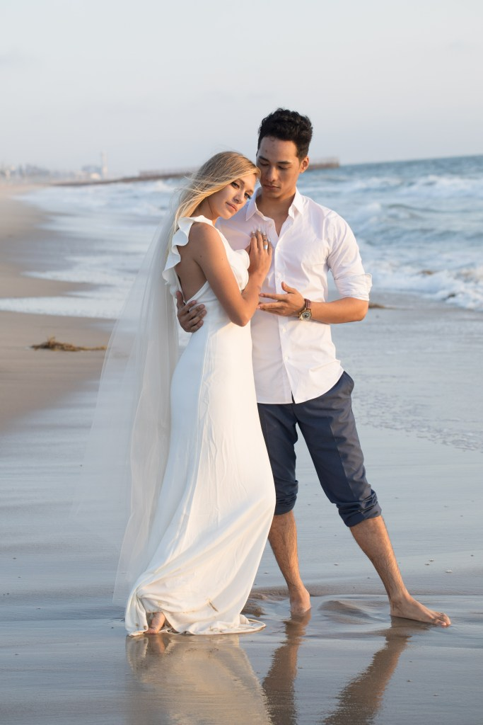Thinking About Getting Married On A Weekday 10 Reasons Why You