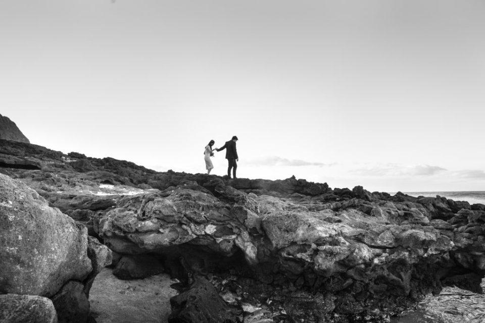 walking on lava rocks hawaii
