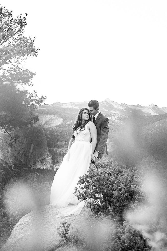 black and white photo of couple in Yosemite