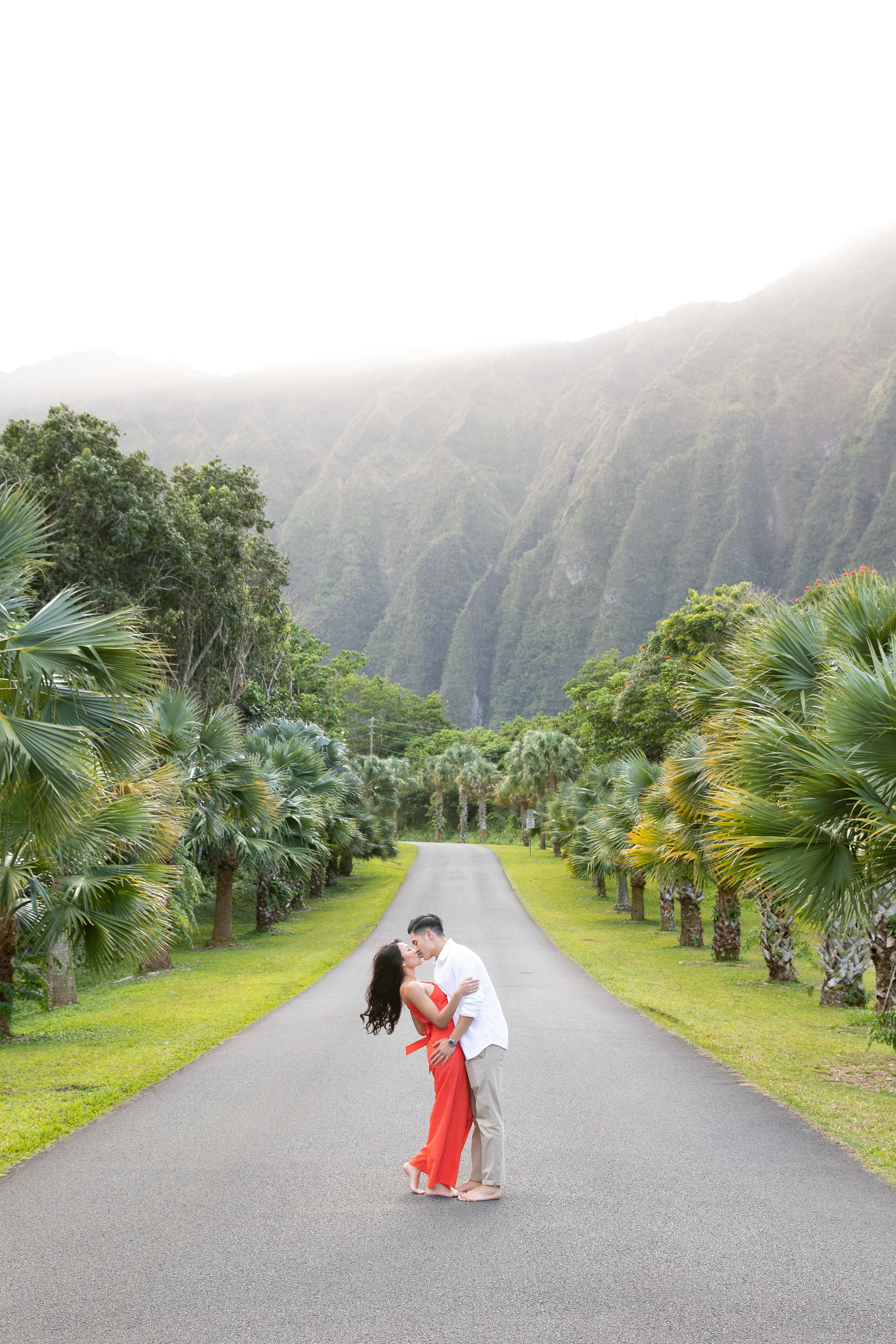 Hoomaluhia Botanical Gardens kiss